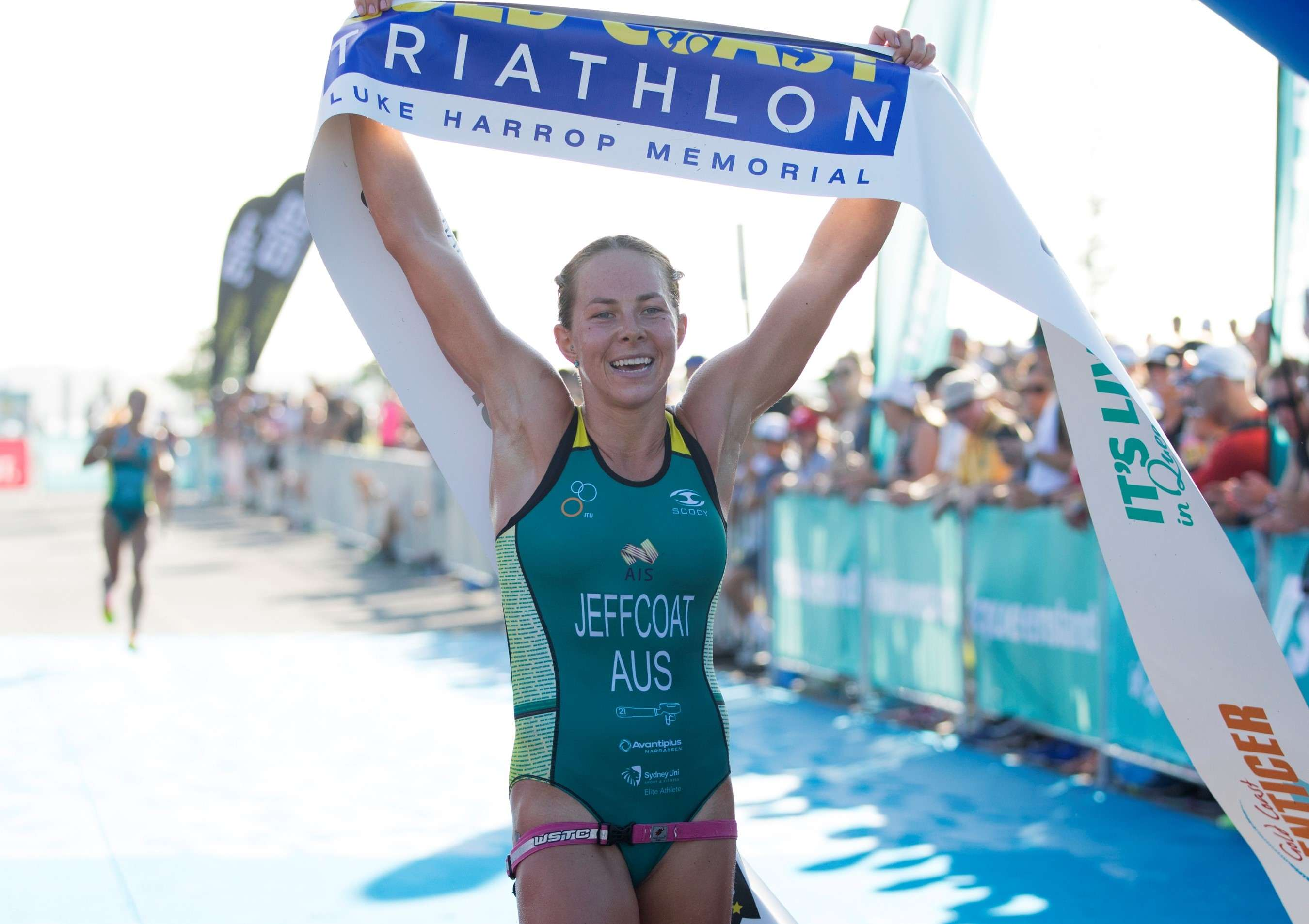 Emma Jeffcoat - Gold Coast Triathlon 2018