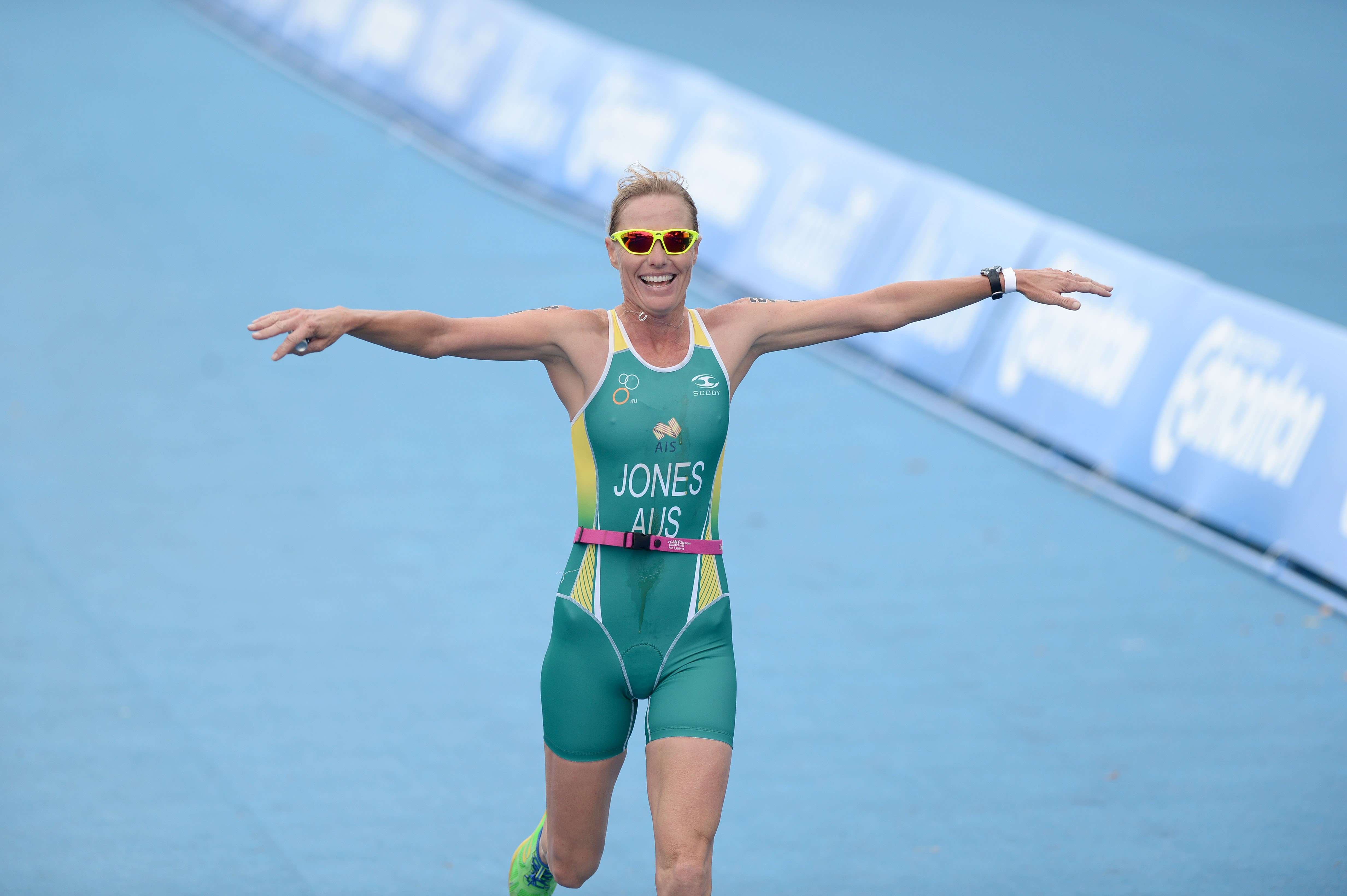 Michelle Jones - ITU World Triathlon Championships in Rotterdam