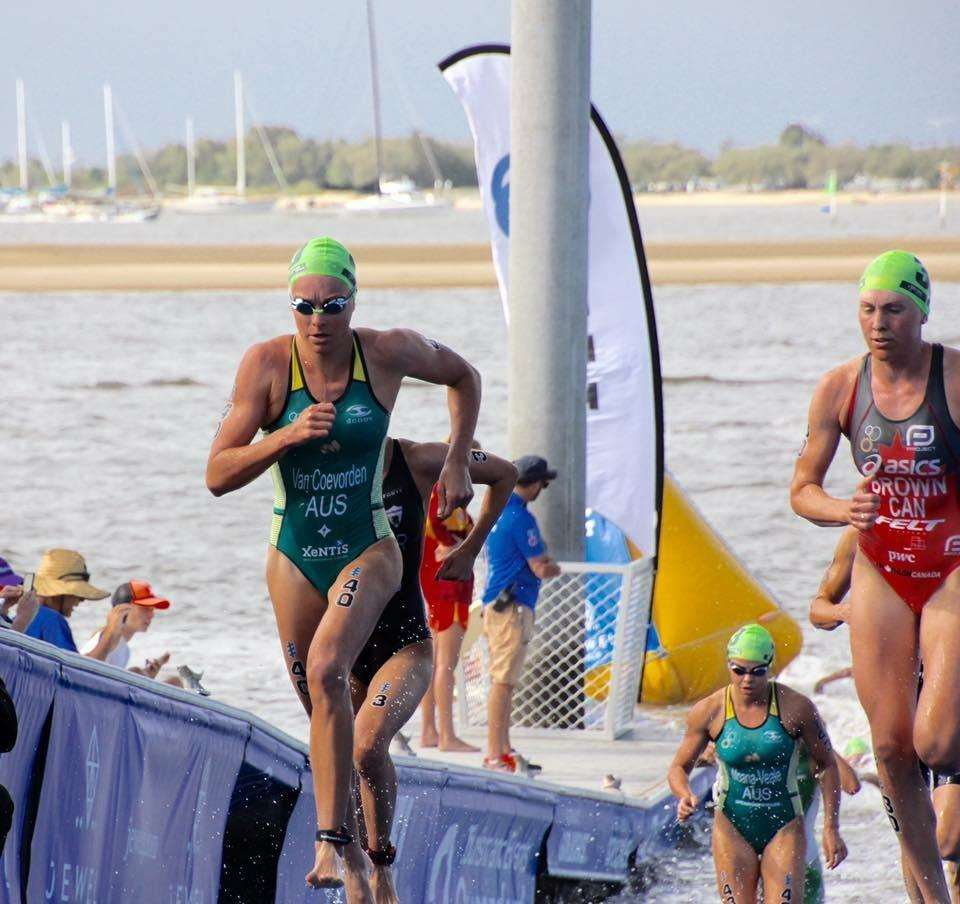 Natalie Van Coevorden - Gold Coast World Triathlon Series