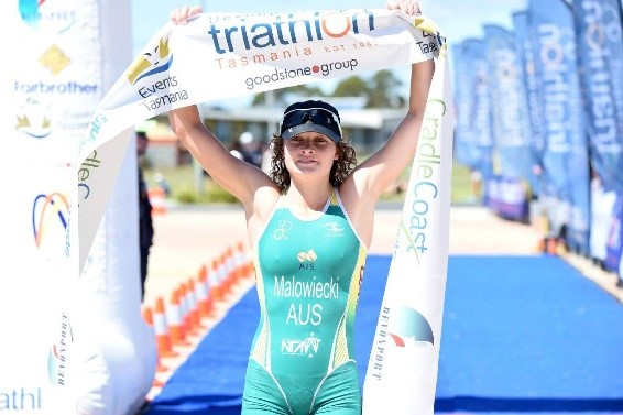 Sophie Malowiecki claims title